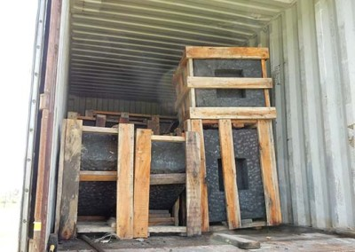 photo of sculpture Keel being unloaded from container